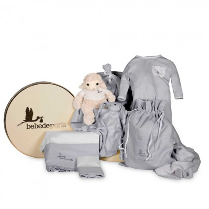 Newborn Baby Hamper & Baby Gift Baskets | BebedeParis South Africa Dreams Classic Baby Hamper